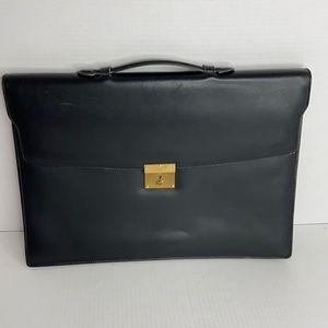 Gucci Black leather briefcase 12 x 16 x 2 1/2 EUC